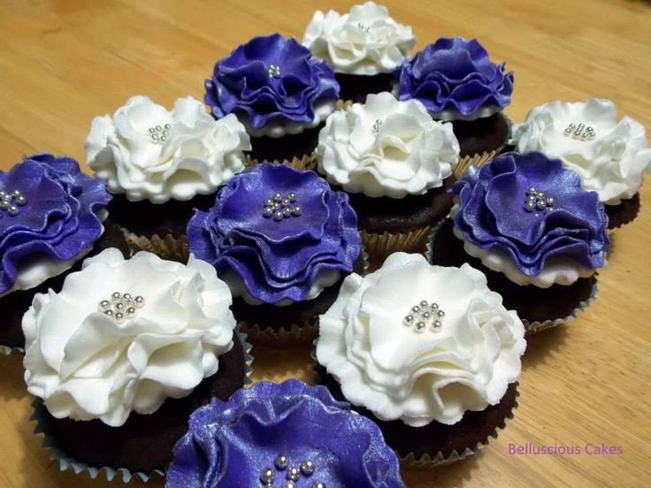 Purple and white cupcakes