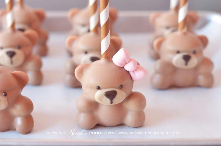 gorgeous teddy bear cake pops by My Sweet Indulgence (www.mysweetindulgence.com)