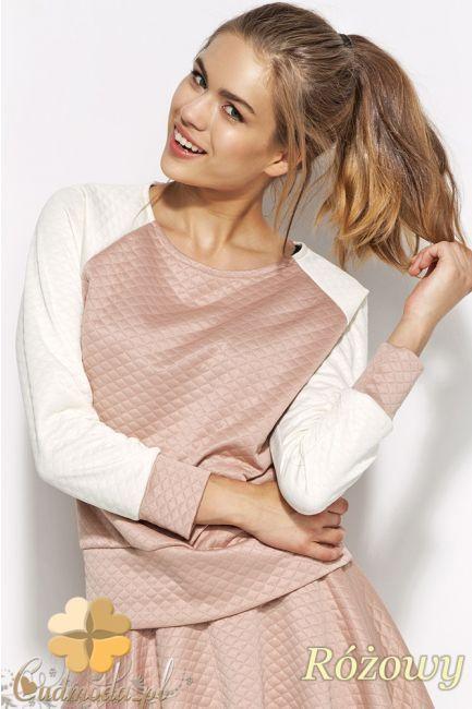 Pikowana bluzka damska z dużym dekoltem.  #cudmoda #ubrania #moda #styl #odzież #clothes