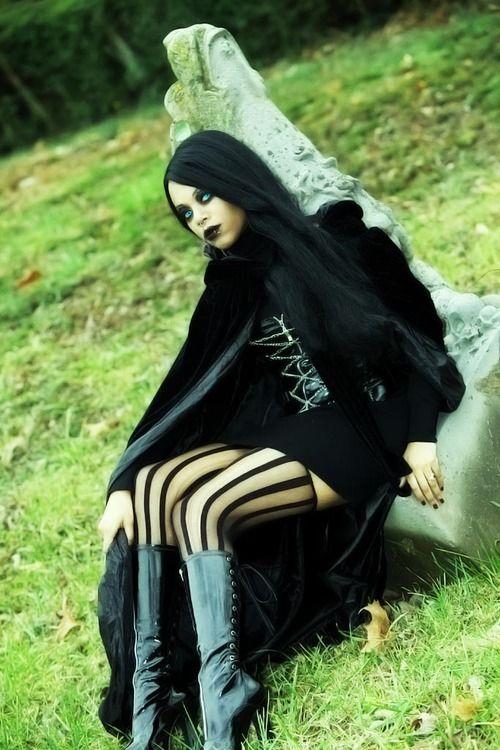 stunning #Goth girl