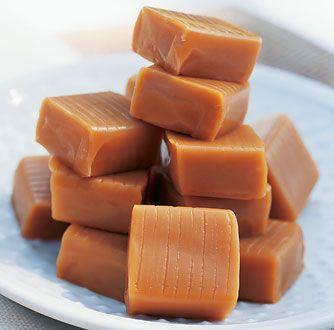 Les Caramels au Beurre et à la Fleur de Sel    Toutes les senteurs et les saveurs des Charentes pour ces caramels au Beurre et à la Fleur de Sel de l'Ile de Ré, rehaussé d'une pointe de Pineau des Charentes.  En vente sur : http://www.joursheureux.fr/caramels-beurre-fleur-p-o7551.html