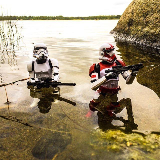 #shocktrooper #stormtrooper #toyphotography #starwars #starwarsblackseries…