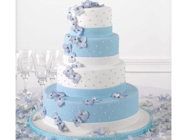 Pastel de boda moderno en fondant color azul y blanco