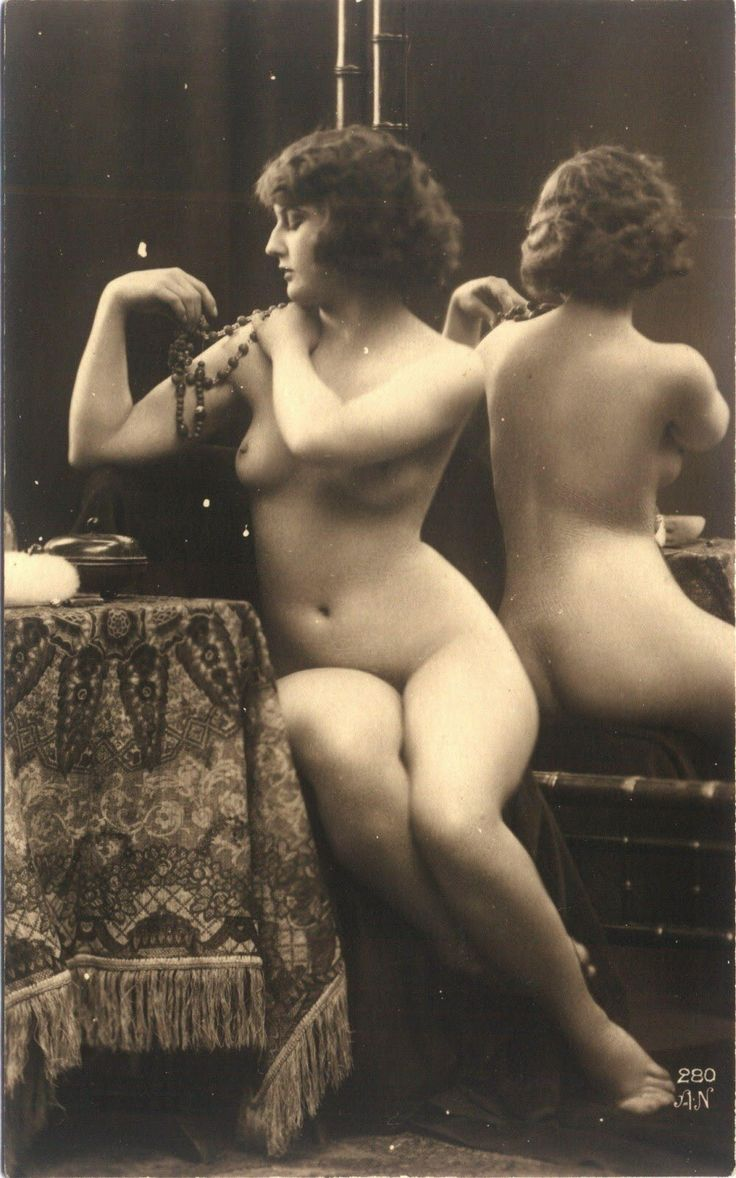 Nude whores from early twentieth century