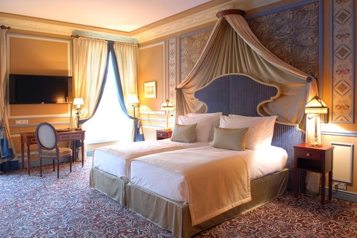 grand hotel de bordeaux & spa : suite deluxe