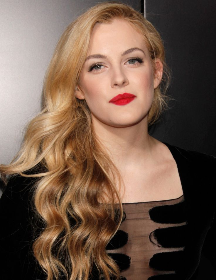 Mad Max' Star, Granddaughter Of Elvis, Riley Keough Joins Robert ...