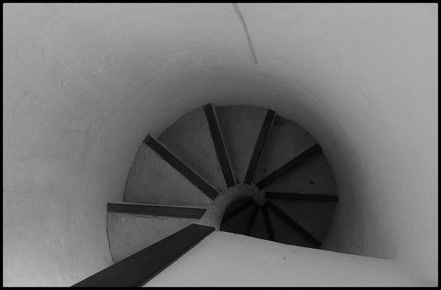 """""""Escalera de caracol"""". Torre de Calahorra. Elche. 27/12/2013."""
