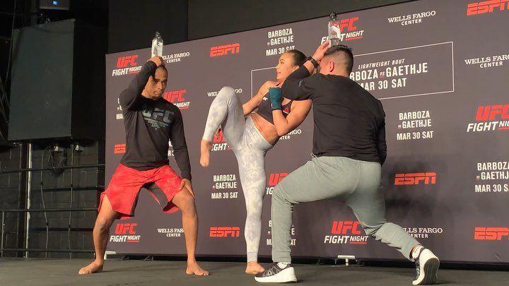Gym Videos Mma Speed And Power Training Edson Barboza Ufc Fight Night Philadelphia Fit Life Power Training Ufc Fight Night Bodyweight Training Program