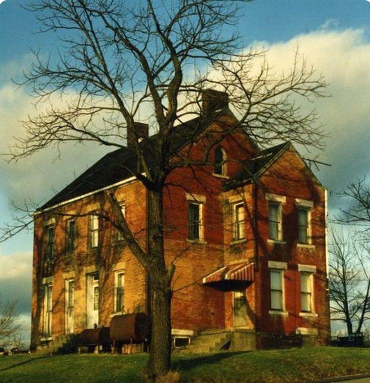 Abandoned Houses, Abandoned, House Styles