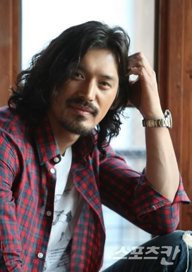 Oh Ji Ho Korean Gregory Peck..just compare pictures.
