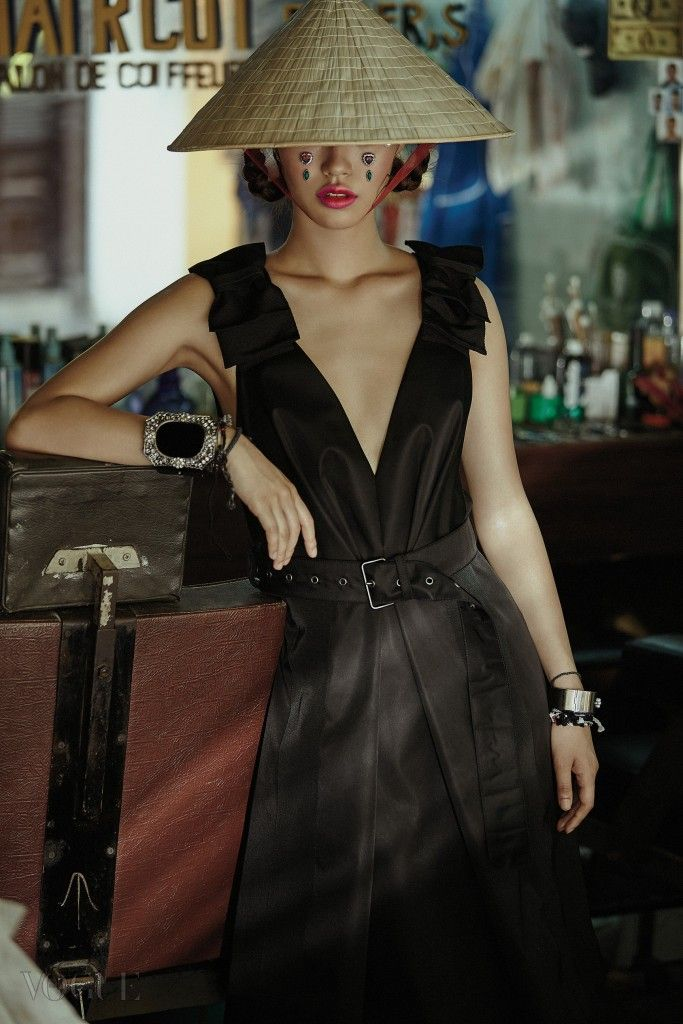 Seon Hwang by Kim Bo Sung for Vogue Korea July 2015