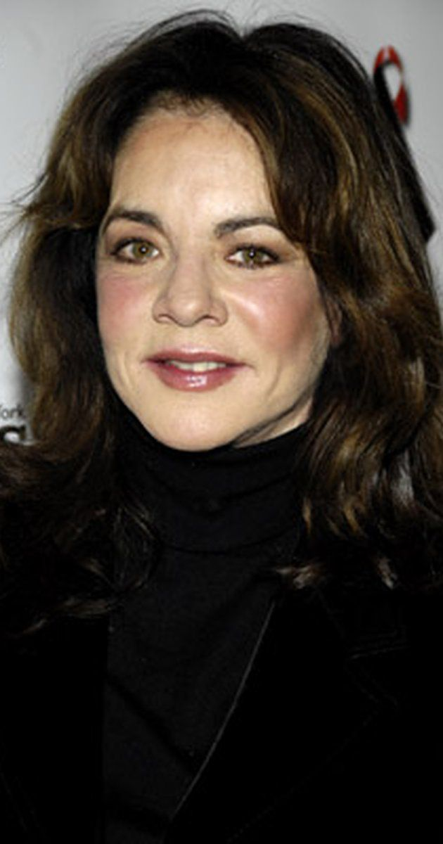 Why can't Stockard Channing play Rizzo in Grease Live?