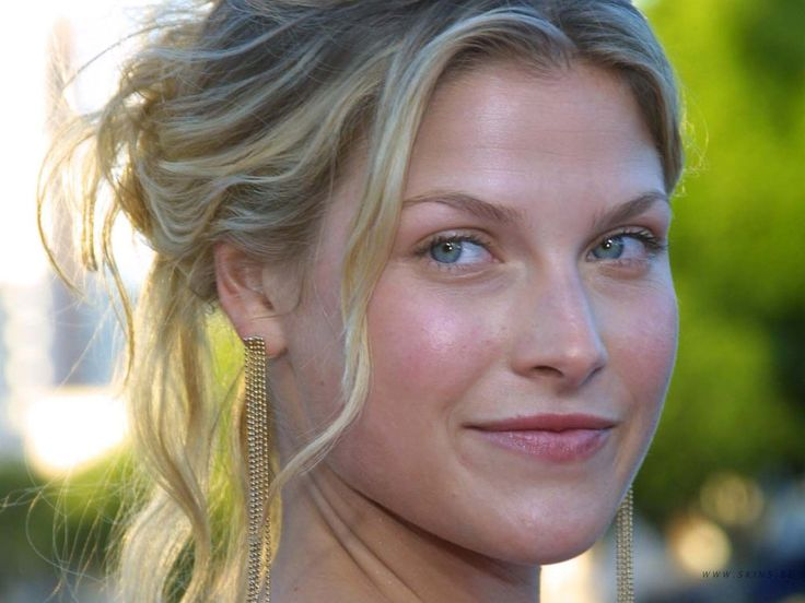 Poshly exhilarating Ali Larter ...Fantastic...