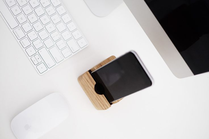 Wood Docking Station for iPhone 7
