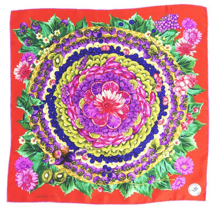 Mantero: nutrire il pianeta con un foulard di seta! - Mantero ha dedicato a Expo una capsule di foulard di seta impreziositi con crostate di frutta, ortaggi e agrumi. Foulard coloratissimi per dare un tocco di allegria a tutti i look primaverili, anche i più semplici. - Read full story here: http://www.fashiontimes.it/2015/05/mantero-nutrire-il-pianeta-con-un-foulard-di-seta/