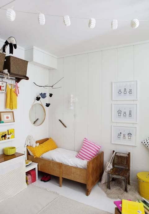 white with pops of colour #kidsroom