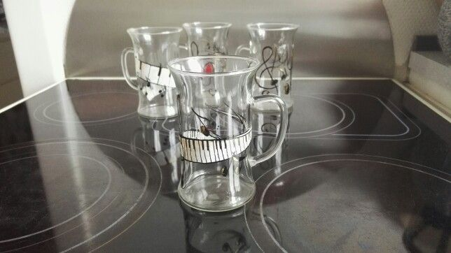 Handpaintet coffeeglasses music