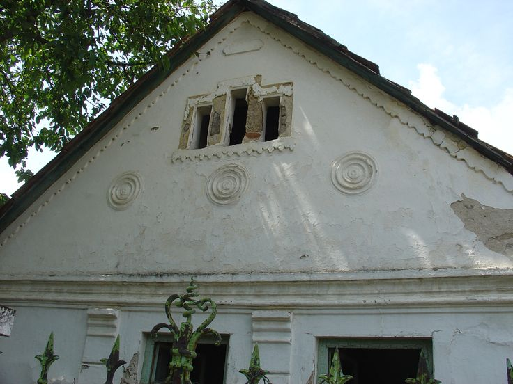 cserépfalui házikó homlokzata