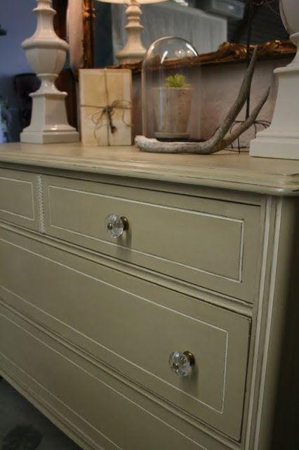 Vintage Dresser Facelift Tutorial Shows How To Repair