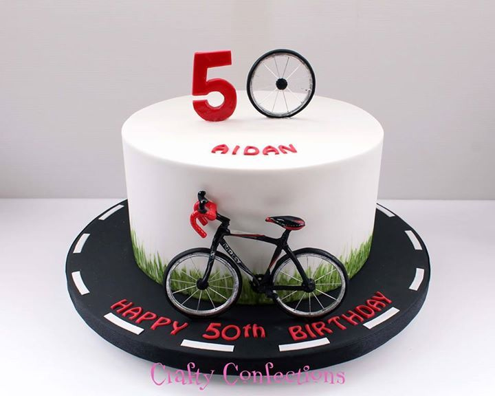 Road Bike Cake Decoration : Best 25+ Bicycle cake ideas on Pinterest