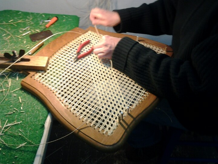 cannage chaise en cours atelier normand