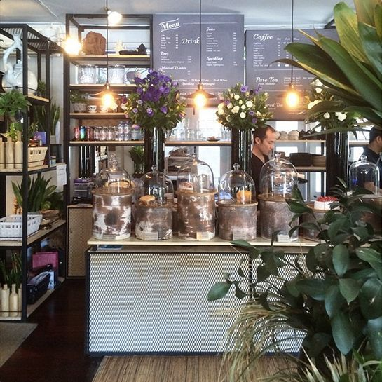 Woo, Chiang Mai, ThailandCafé or flower shop? Woo looks to be a little bit of both, and that's alright by us. #refinery29 http://www.refinery29.com/coffee-shop-decor#slide-4