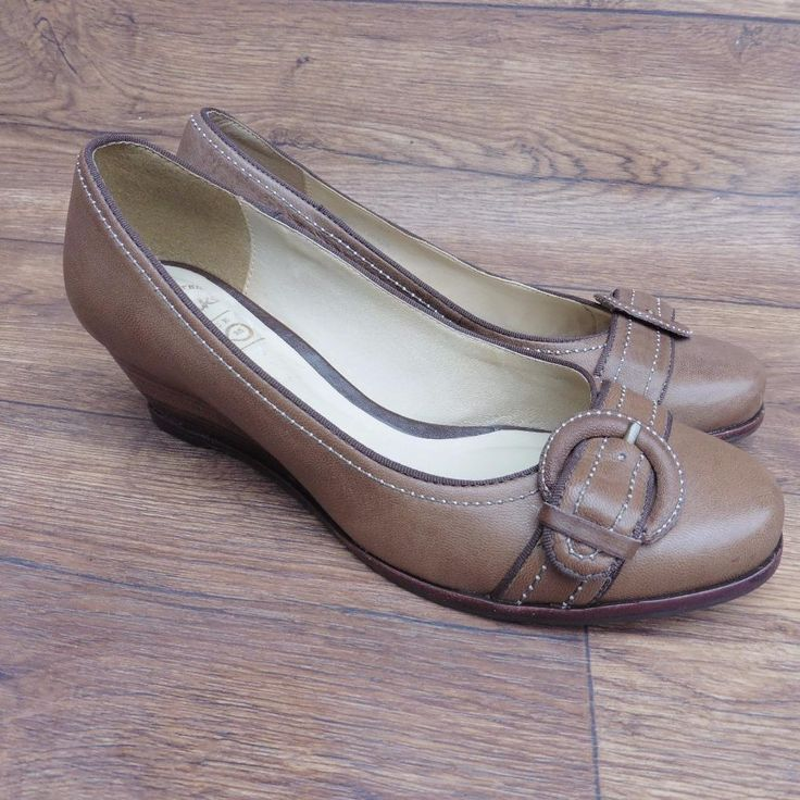 SIZE UK 5.5 CLARKS DUNDON BOMBAY BROWN LEATHER COURT SHOES WEDGES BUCKLE DETAIL | eBay