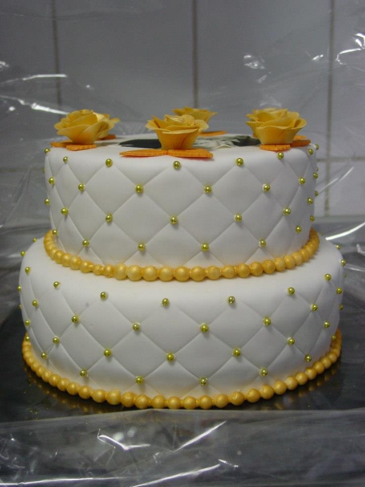 50 best wedding cake bakeries 1000 ideas about 50th anniversary cakes on 10429