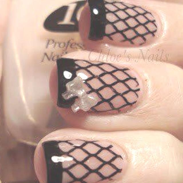 Sexy nails, fish net nails