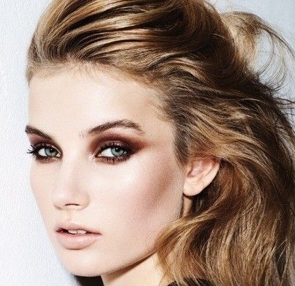 LOVE this smoky eye. Brown smoke was really popular for the models at Toronto Fashion Week.  It's a softer eye for everyday and looks great with any eye colour!