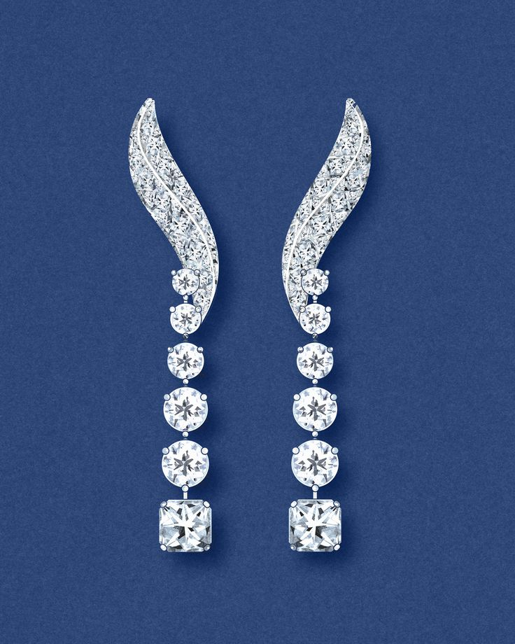 A sketch of Tiffany Masterpieces Ribbons jewellery collection earrings in platinum with round-brilliant and square diamonds. See more: http://www.thejewelleryeditor.com/jewellery/tiffany-masterpieces-high-jewellery-at-its-most-wearable/ #art #jewelry