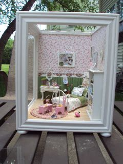 Iowa Doll House Miniatures - Cedar Rapids & Marion, Iowa: Miriam's Room...............
