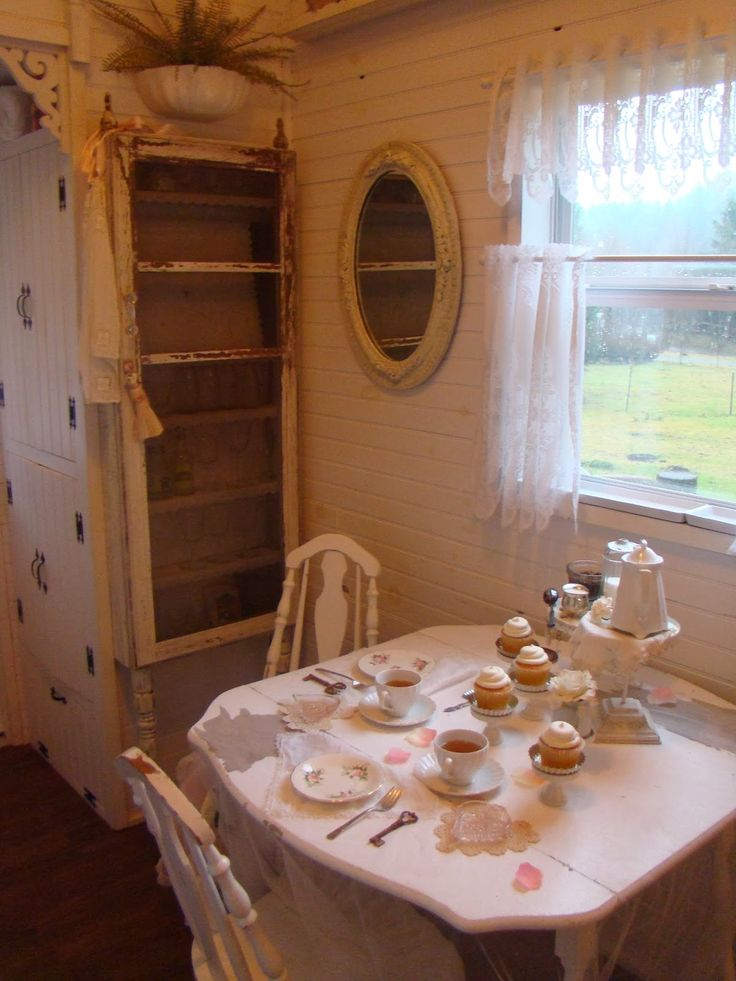 17 Best Images About Shabby Chic Tiny Homes On Pinterest