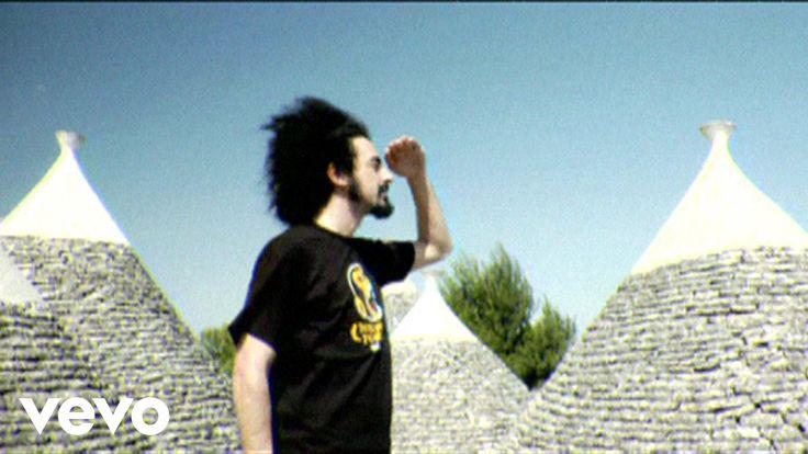 Caparezza - Vieni A Ballare In Puglia ft. Al Bano