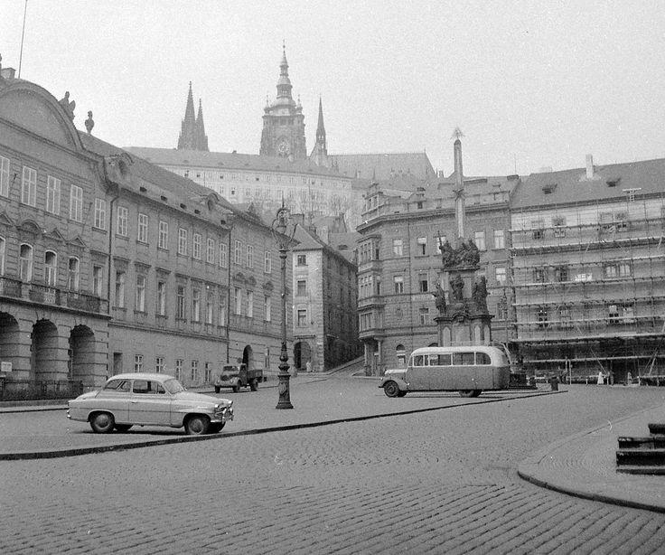 Kisoldal tér (Malostranské námesti). Fortepan 7717.jpg