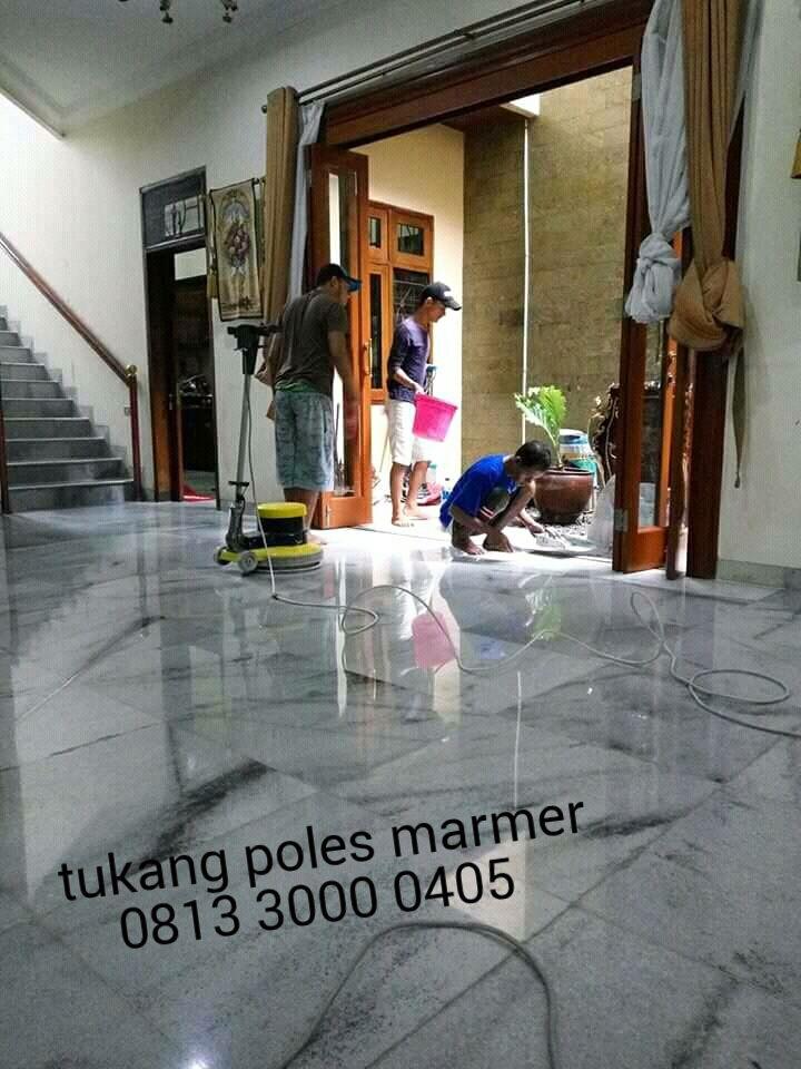 Jasa poles marmer berpengalaman...menjamin kepuasan pelanggan dengan hasil kualitas polesan yang maksimal...!   Www.sinarpoles.com mener...