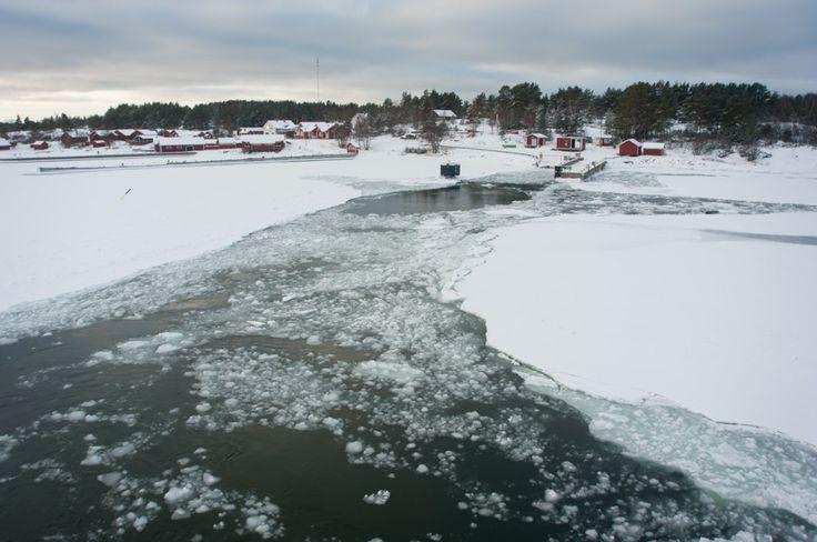Séjour hivernal dans les îles Åland en Finlande (Detour Local) -> Les villages typiques des îles Aland en hiver www.detourlocal.com/sejour-hivernal-iles-aland-finlande/