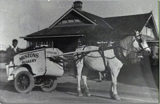 bread delivery Sutherland in the 1920s.