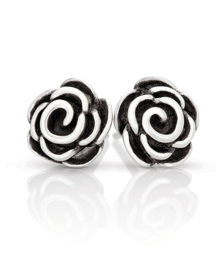 Make a statement with these rose stud earrings. Jenna Clifford Designs   Renaissance � Earrings