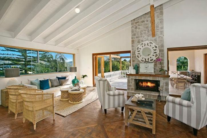 Beatiful Palm Beach family retreat with oodles of character.