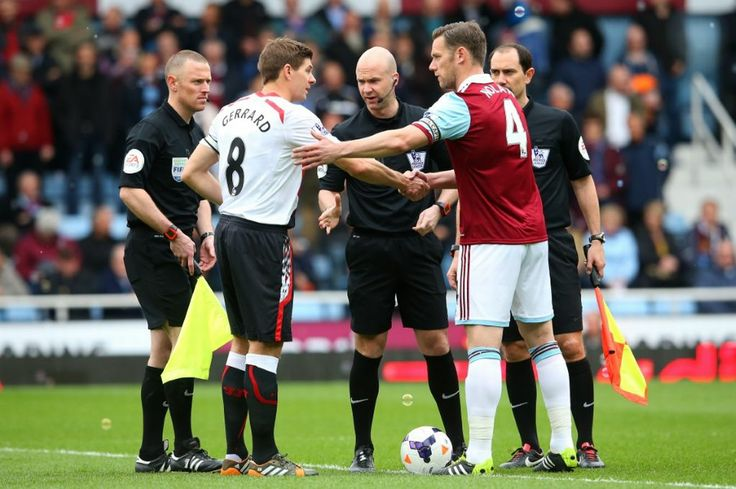 The spotlight was very much on referee Anthony Taylor at Upton Park as contentious decisions involving a Guy Demel goal and a Steven Gerrard Penalty overshadowed a title encounter for Liverpool. The Reds went top as the top spot changed hands for the 3rd time in a weekend.