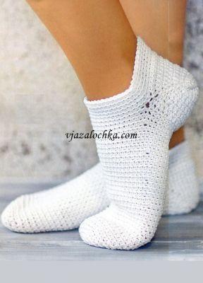 Короткие носки вязаные крючком
