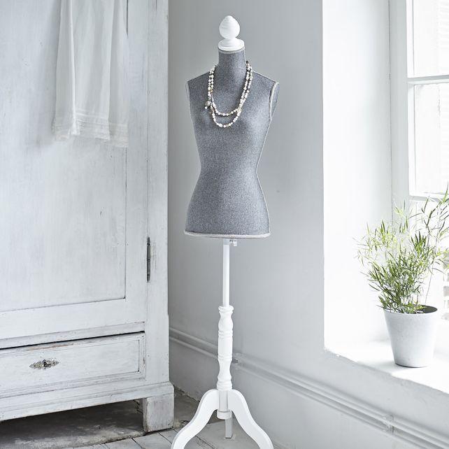 ber ideen zu schneiderpuppe auf pinterest. Black Bedroom Furniture Sets. Home Design Ideas