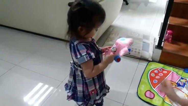 Mainan Pesawat Hello Kitty