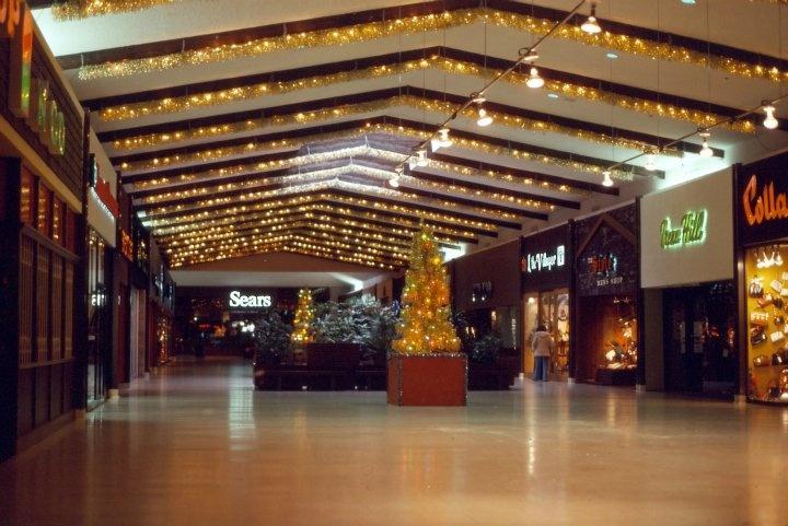 Devonshire Mall in the 1970s #windsor #ontario #canada #devonshire