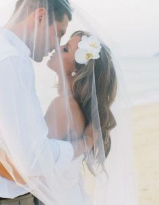 These Hairstyles Were Made For A Breezy Beach Wedding – Kevin blog   –  #beach…