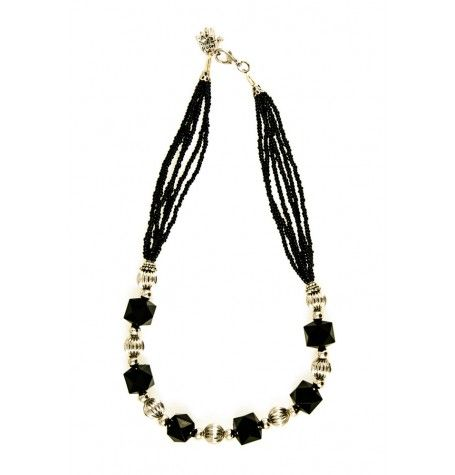Simplistic elegance is the only words to describe this silver, crystal and glass seed bead chocker.