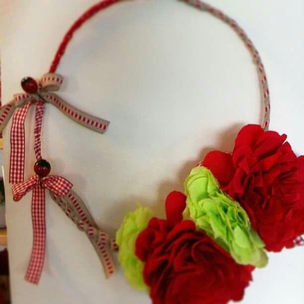 Paper flwoer wreath