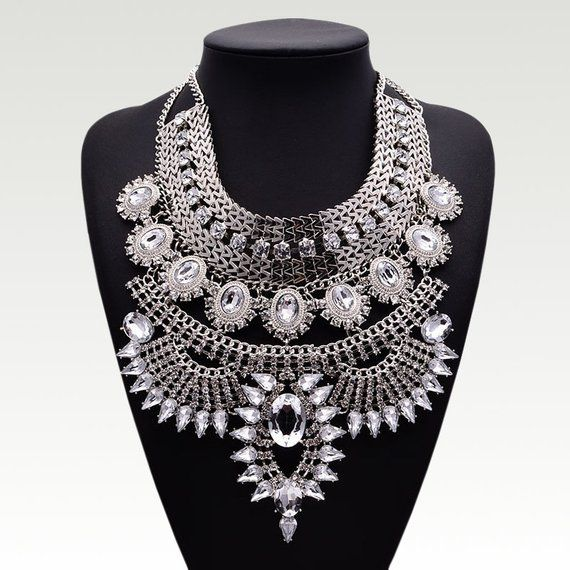 Bohemia Fashion Women Choker Statement Crystal Chain Pendant Necklace Choker Bib