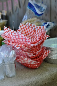 red baskets or foil pie plates